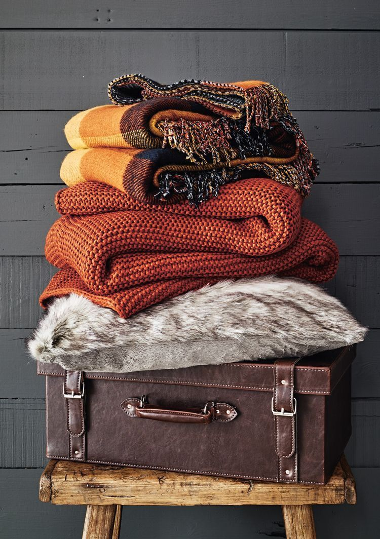 Styling Your Home Around the FALL Aesthetic!